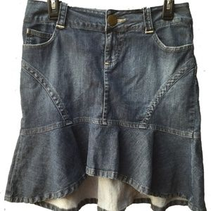 DKNY Jeans Mini Skirt High Low Hem.  sz 7